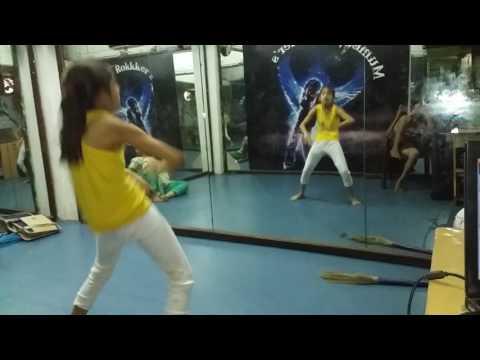 shreya dance by dhoka dhoka song
