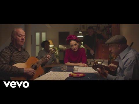 Natalia Lafourcade - Soledad y El Mar (En Manos de Los Macorinos) [La Fiesta Parte II]