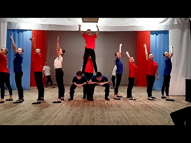 Танец «Кто, если не мы» исполняет образцовая танцевальная студия «Ынархас» (Дружба) из Хакасии