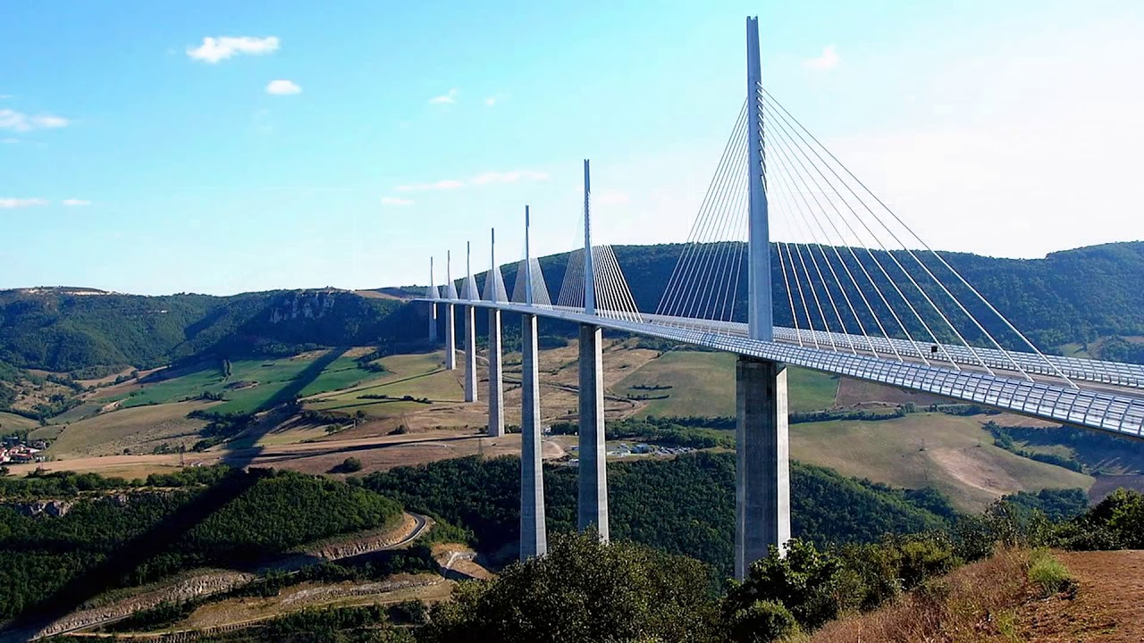 Millau Viaduct tallest bridge in the world - France ...