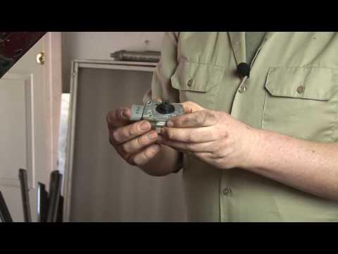 Auto Repair : How Do You Clean or Check a Mass Air Flow Sensor?