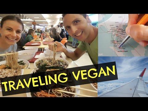TRAVELING TO MALAYSIA VEGAN & MINIMALIST (VLOG 013)