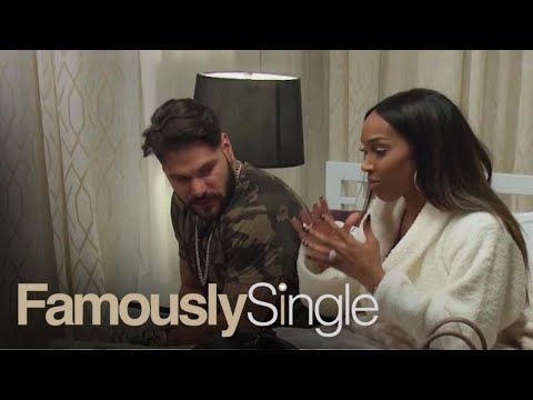Ronnie Ortiz-Magro Finds Out Malika Haqq's Astrological Sign | Famously Single | E!