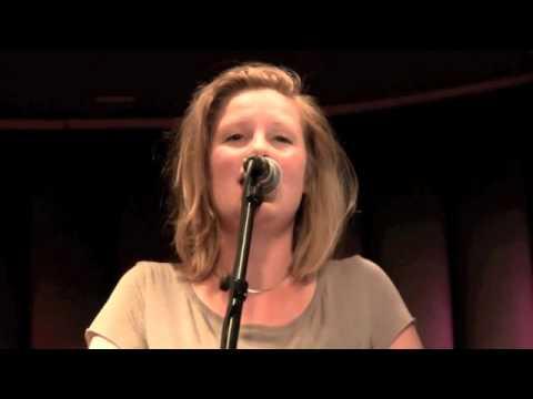 Motherland (Natalie Merchant) - Merel Moelker