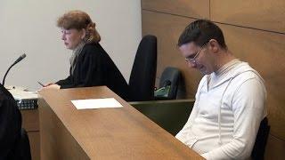 Ausländerfeindlichkeit: S-Bahn-Pinkler vor Gericht