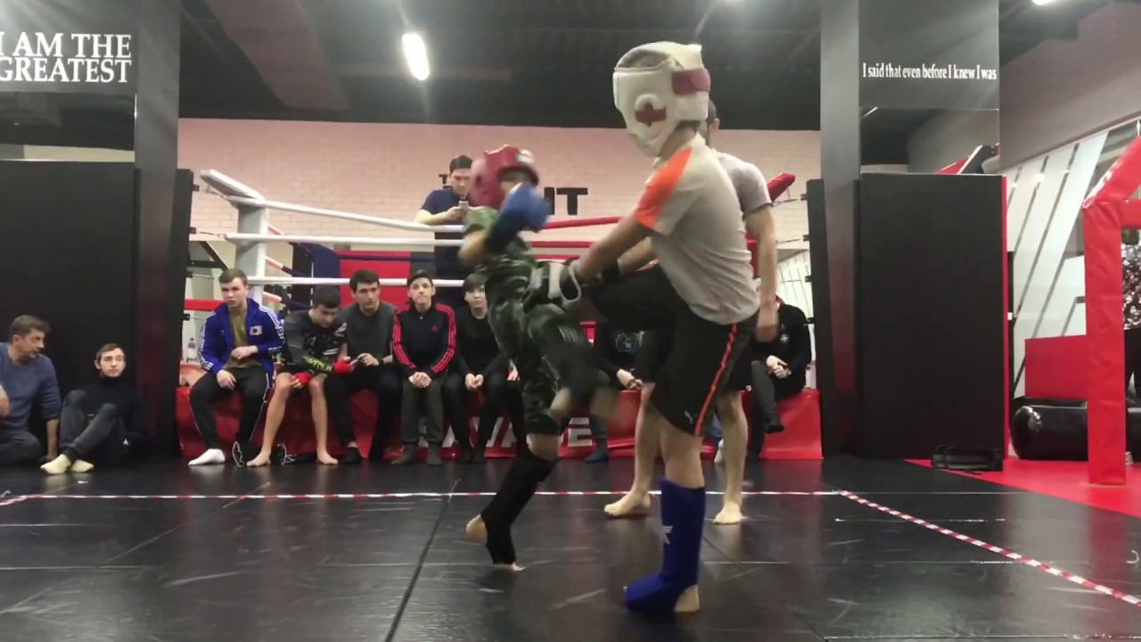 Детские БОИ БЕЗ ПРАВИЛ MMA / Кикбоксинг - первое соревнование