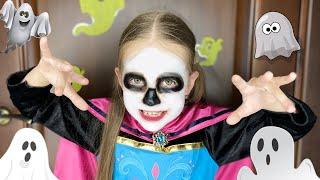 Маша наряжается на праздник Мама не знала что на Хеллоуин