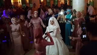 صحاب العروسه 😍يلا نفرق لمتنا😍
