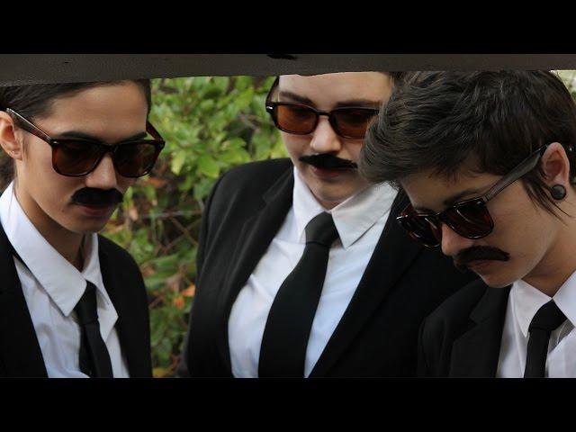 TOMBOi - Lobos [Official Music Video]