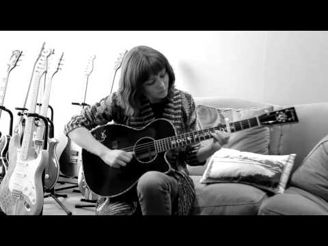 Molly Tuttle - White Freightliner Blues