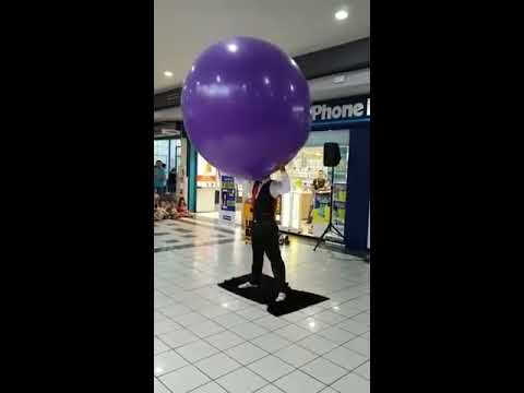 GIANT PURPLE BALLOON SHOW FOR KIDS OUTSIDE PHONE HOUSE KEEP WATCHING !! HAHAHA