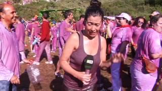 Reportera en apuros en la Batalla del Vino de Haro