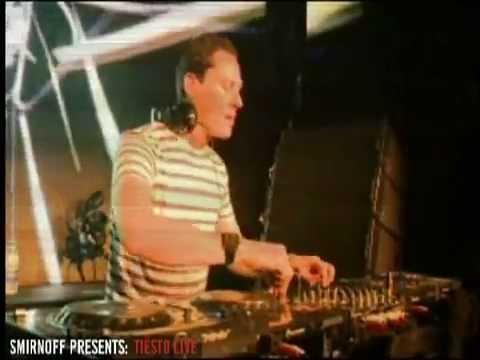 Tiesto - Smirnoff Experience, Johannesburg, South Africa (15-05-2010).mov