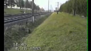 Тепловоз на максимальній швидкості.AVI