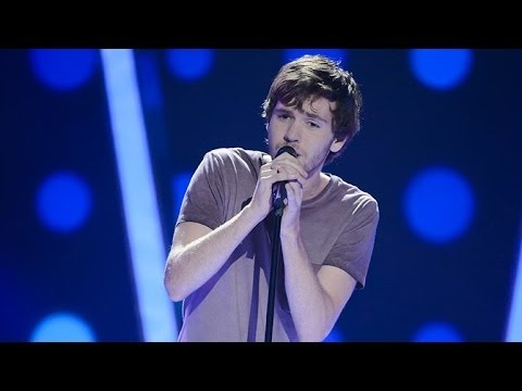 Robbie Balmer Sings I Can't Make You Love Me | The Voice Australia 2014