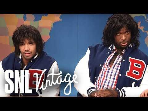 Weekend Update: Two Teenagers Dressed as Werewolves (Drake, Jay Pharoah) on Halloween - SNL