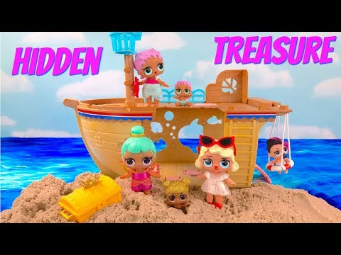 LOL Surprise Doll Ship on Beach Find Hidden Treasure | Fizzy Toy Show