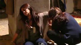Triunfo del Amor | Victoria rescata a María Desamparada