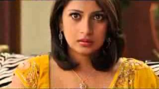 Big boob south indian aunty h@t saree fall clip3