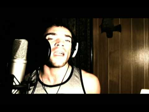 MoLines - Halo (Beyonce's Cover)