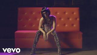 Смотреть клип Emilia Pedersen - Turn It Up | Remix