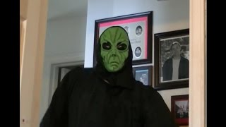 Video Creepy but True Gaming: Aliens of the Old West (Outlaws) download MP3, MP4, WEBM, AVI, FLV April 2018