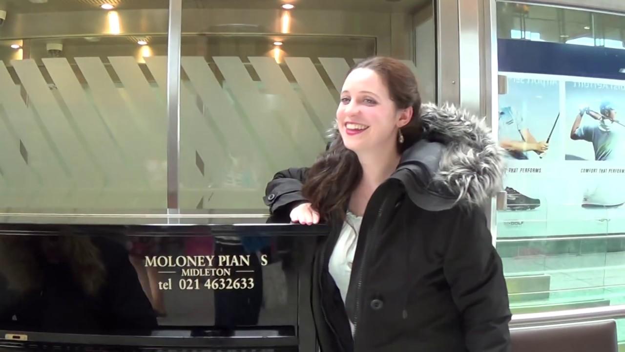 Strange Passengers Jam on The Airport Piano