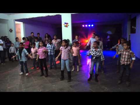 Mover Kids - Coreografia O meu Deus é mais (Banda Gratidão)