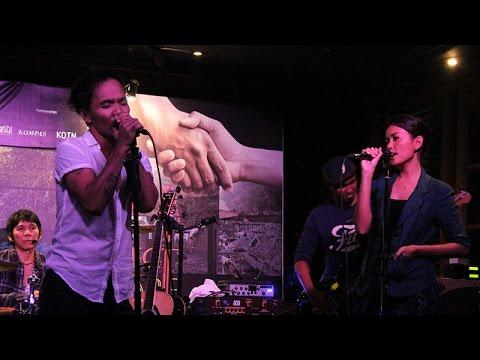 Slank Ft. Titi Rajo Bintang - Terbunuh Sepi (Live Performance)