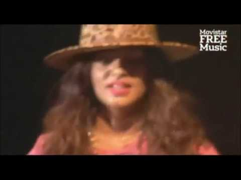 M.I.A. - Pull Up The People - Matangi Tour live in Buenos Aires, Argentina /  2013