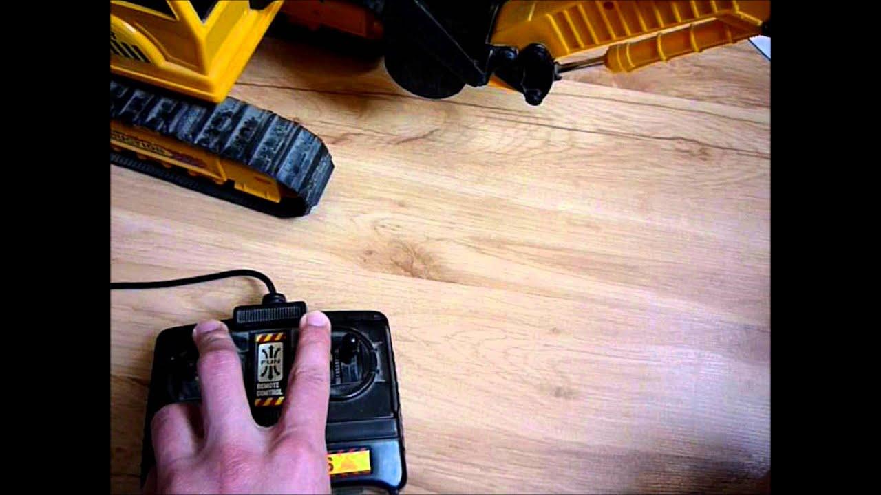 Экскаватор на радиоуправлении Excavator radio controlled - YouTube