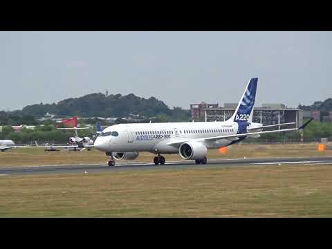 Impressive Airbus A220 Flying Manoeuvres and Short landing at Farnborough Airport