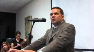 Presentacion del Dr  Gabriel Alvarez
