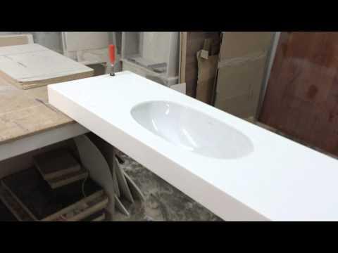 Столешница в Ванную комнату . Умывальник керамика VILLEROY AND BOCH
