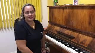 Professora Bete - Piano