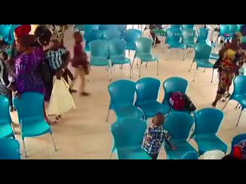 Eeyah! Woman Disgraced After She Was Caught Stealing Bag At RCCG Church (Watch Video)