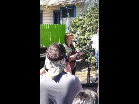 TORI KELLY - SUIT AND TIE - JUSTIN TIMBERLAKE COVER (SXSW SPOTIFY HOUSE)