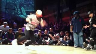 HIPOPSESSION 2011 Bgirl Battle Nadia (Rus) vs Pookie (fra)