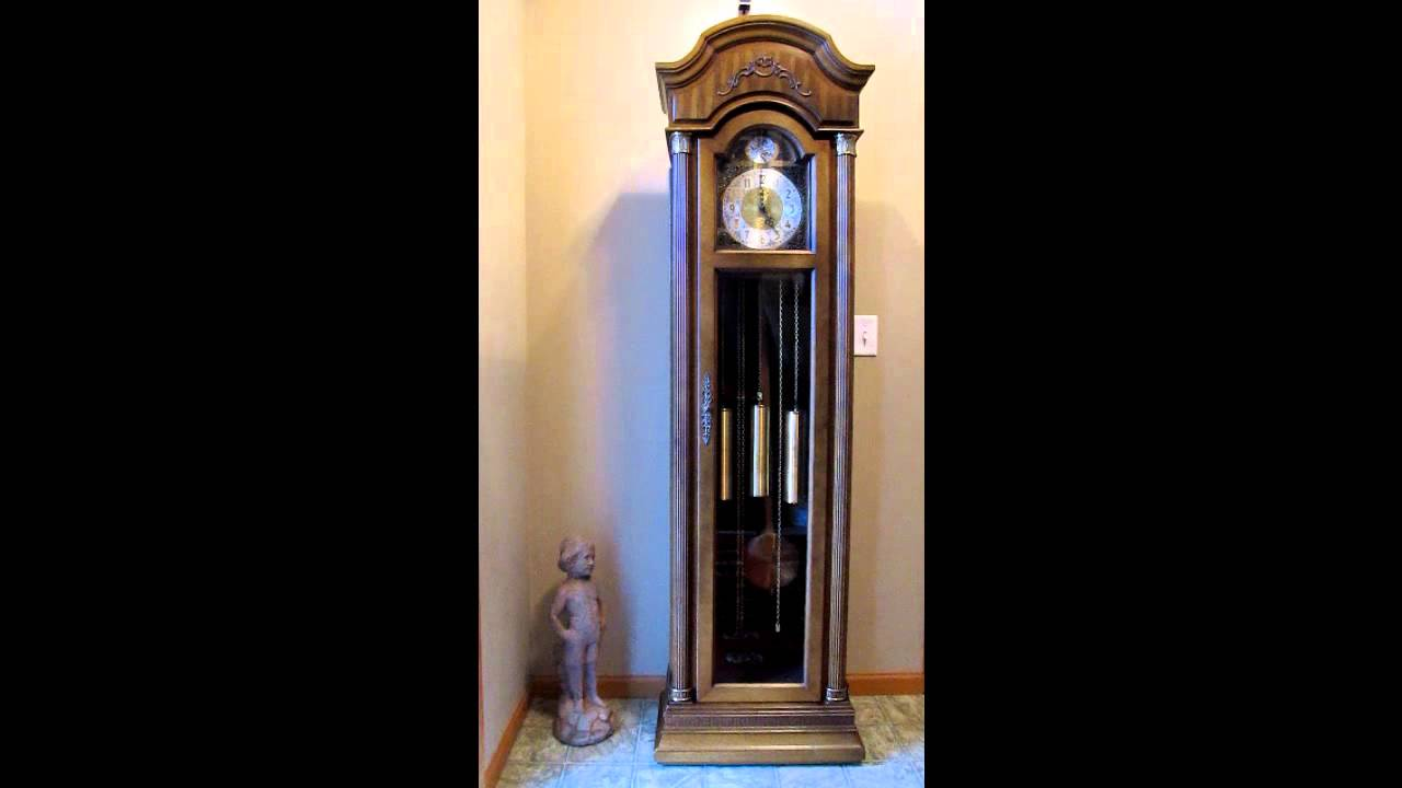 Ridgeway Grandfather Clock The Classic Connoisseur Series Youtube