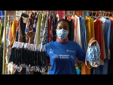 Fabrication au Liberia des masques de protection contre Coronavirus [No Comment]
