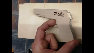 Costruire pistola giocattolo in legno spara elastico / How to Make a Rubber Band Gun