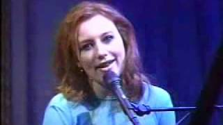 Tori Amos - In the Springtime of His Voodoo Live  @Late Night with Conan O