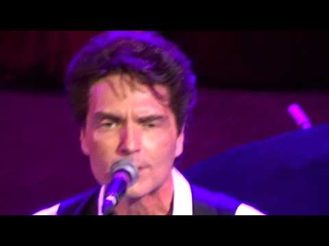 Last Thing I Want first public performance Richard Marx for wife Daisy Fuentes Fargo Theater 19 APR