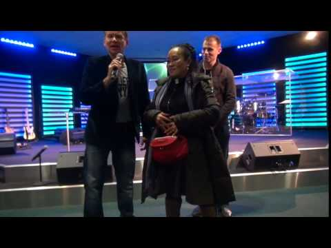 Painful spinal injury & immune system supernaturally healed - John Mellor Healing Ministry
