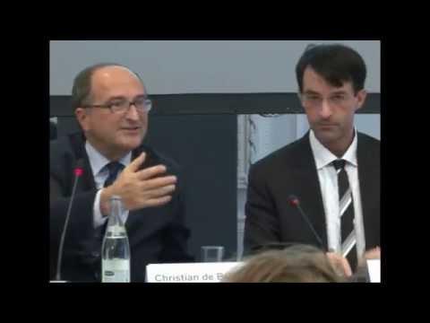 Christian de Boissieu « La Crise des dettes publiques et les déséquilibres » par David Mourey