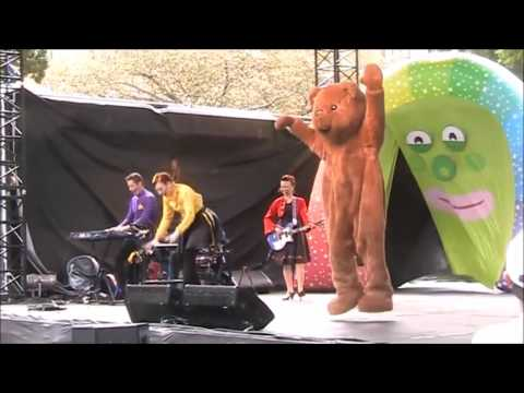 Teddy Bear, Teddy Bear, Turn Around - Live On Australia Day, 2013 - The Wiggles