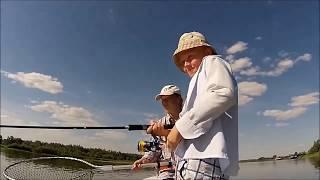 Трофейная рыбалка, вываживание рыбы! Харабалинский район, река Ахтуба -Челышев ст-я рыбалки.(Ловим рыбу и снимаем на видео. Челышев студия рыбалки. Ловля на троллинг. Вываживание рыбы. Ловля на спиннин..., 2016-03-15T10:13:30.000Z)