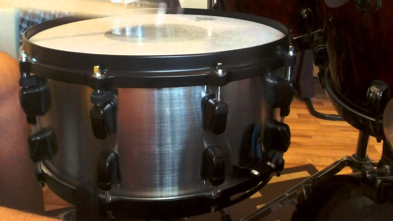 kustom drums 14x6 5 brushed stainless steel my signature snare drum youtube. Black Bedroom Furniture Sets. Home Design Ideas