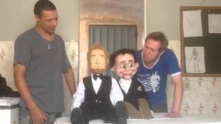 Leandro Ferreira e Petráki, fazem uma surpresa mostrando o novo bon...