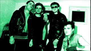 Peter & The Test Tube Babies - Moped Lads (Peel Session)